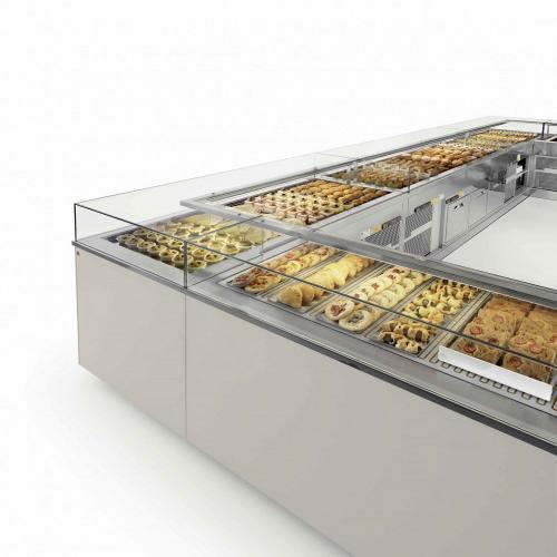 Refrigerated display profiles and accessories